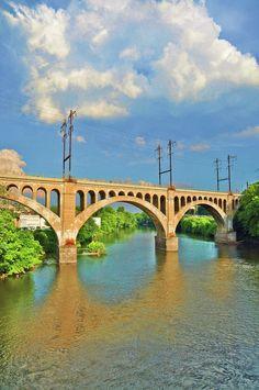 ✮ Manayunk Bridge across the Schuylkill river into Philadelphia