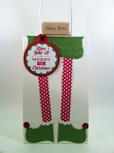 Adorable elf legs gift bag, with dimensions and supplies so you can recreate it. Nice!