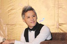 Junsu biting his lip. *sigh* (Taiwan press conference for solo concert.)