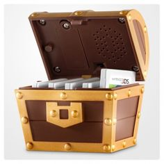 Last week Nintendo UK announced a limited edition bonus with UK retailer GAME for A Link Between Worlds that includes the famous Zelda musical treasure chest. The Legend Of Zelda, Nintendo 3ds, Nintendo Switch, Treasure Boxes, Treasure Chest, Donkey Kong, Pac Man, Geek Gifts, Space Invaders