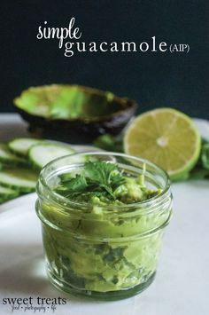 Sweet Treats: food, photography, life: Simple Guac (AIP)
