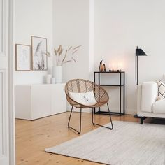 home accents living room Katharina Berlin on Insta - homeaccents Home Living Room, Interior, Simple Living Room Decor, Home Remodeling, Living Room Decor, Home Decor, House Interior, Room Decor, Interior Inspo