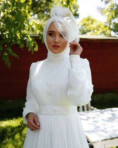 ✔ Dress Wedding Mermaid HijabYou can find Wedding hijab and more on our website. Hijabi Wedding, Muslimah Wedding Dress, Muslim Wedding Dresses, Dress Wedding, Bridesmaid Dresses, Most Beautiful Dresses, Elegant Dresses, Moonlight Couture, Mode Turban