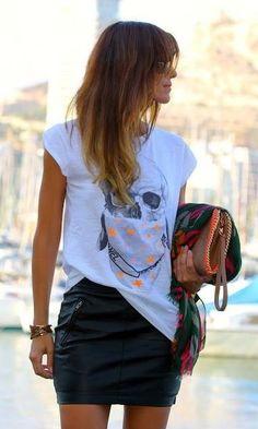 Look: T-shirt + Saia