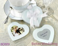 capture my heart coaster BETER-BD009   #weddings #weddinggifts #beterwedding   http://aliexpress.com/store/product/Free-Shipping-12pcs-Palm-Tree-Candy-Box-Festive-Party-Supplies-TH014/513753_652662163.html