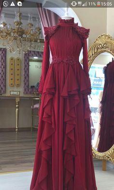 Grey Fashion, Modest Fashion, Hijab Fashion, Boho Fashion, Fashion Dresses, Beautiful Dress Designs, Beautiful Dresses, Vestidos Azul Serenity, Muslimah Wedding Dress