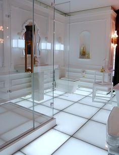 Fabulous Kohler white bath
