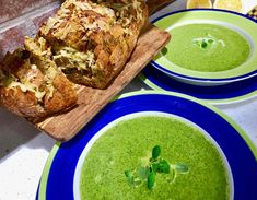 Sunn og næringsrik suppe med fargerik spinat og grønnkål God, Ethnic Recipes, Dios, Allah, The Lord