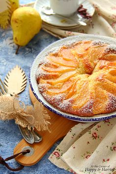 A rustic yogurt cake topped with sweet, soft pears and a dusting of cinnamon sugar is worthy of both your dessert and breakfast tables. Pear Dessert Recipes, Pear Recipes, Coconut Recipes, Italian Desserts, Fruit Recipes, Cake Recipes, Pear And Almond Cake, Pear Cake, Gastronomia