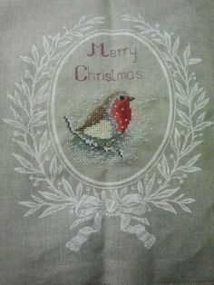 Cross stich robin w/merry christmas Xmas Cross Stitch, Cross Stitch Love, Cross Stitch Samplers, Cross Stitching, Cross Stitch Embroidery, Embroidery Patterns, Cross Stitch Patterns, Theme Noel, Christmas Embroidery