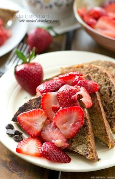 Mocha French Toast with Smashed Strawberry Sauce ~ This stunning french toast is a mocha-lover's dream! Hot off the griddle and served with a sweet mashed strawberry sauce, it's perfect for a simple weekend brunch. Easy Brunch Recipes, Breakfast Recipes, Breakfast Ideas, La French, French Toast Waffles, Brunch Items, Strawberry Sauce, Strawberry Fields, Best Breakfast