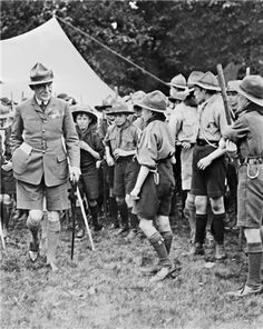 1908 - Robert Baden-Powell organized the first Boy Scout troop in England.