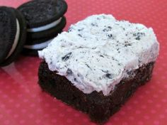 From One Ordinary Day: Ultimate Cookies and Cream Brownies...a delicious frosting recipe!