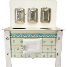 """German Dollhouse Tin Cookstove in Cream Enamel with Lithographed Tile 1930s – 1950s Large 1"""" Scale"""