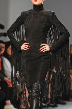 Gareth Pugh - Paris Fashion Week Spring 2013 - love the fringe! | WOW. Must re create this look one day