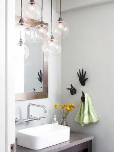 kleines bad einrichten ideen pendelleuchten glas