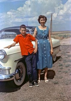 Texas 1954 ... is that a Packard?