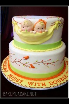 Cake for twins shared by www.twinsgiftcompany.co.uk