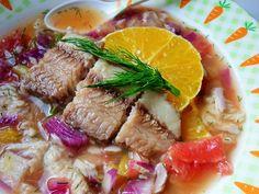 Suroviny na prípravu receptu Šalát zo sumčeka: 1 balenie filiet zo sumčeka Radoma od Ryba Žilina, 1 menší grep, 3 pomaranče, 1 menšiu červenú cibuľu, kúsok