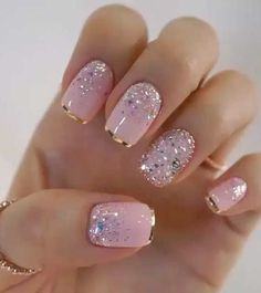 nail art designs with glitter \ nail art designs ; nail art designs for spring ; nail art designs for winter ; nail art designs with glitter ; nail art designs with rhinestones Elegant Nails, Stylish Nails, Elegant Nail Designs, Pretty Nail Designs, Best Acrylic Nails, Matte Nails, Nude Nails, Gel Toe Nails, Acrylic Toes