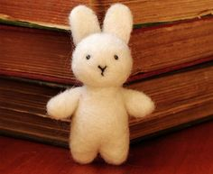Needle felted bunny. By 13 Chestnuts by Kristen Etmund.