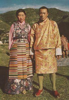 Tibetan traditional costume