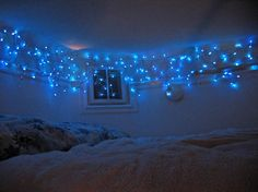 Bedroom with lights.
