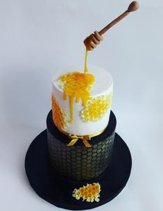 Honey cake - cake by Mariya Gechekova