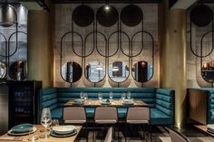 Piky – Bar Con Cucina – Picture gallery – F&B Design Ideas Design Café, Bar Interior Design, Restaurant Interior Design, Cafe Interior, Kitchen Interior, Interior Decorating, Design Ideas, Church Interior, Room Interior