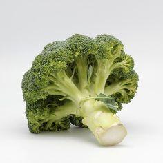 Le brocoli, tous ses bienfaits et une recette pour donner envie d'en manger à vos enfants :-) Vegetables, Food, Vegetable Gardening, Growing Plants, Agriculture, Easy Cooking, Vegetable Dish, Green, Eat