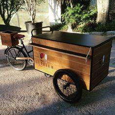 """60 Me gusta, 4 comentarios - Olé ™ (@olebikes) en Instagram: """"Olivier - Wine & Beer #olebikes #foodbike #triciclo #tricycle #cargobike"""""""