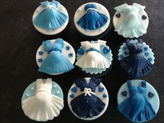 Pregnant belly baby shower cupcakes