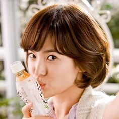 18 Korean Beauty Secrets You Should Definitely Know...Wash with oil-Don't exfoliate but once a week - Honey  http://www.stylecraze.com/articles/8-korean-beauty-secrets-you-should-definitely-know/?ref=popularsidebar