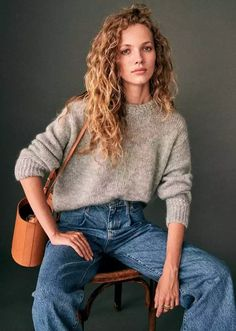Fall/Winter 2020 Inspo - Imgur Look Fashion, Fashion Beauty, Winter Fashion, Womens Fashion, Minimalist Fashion, Capsule Wardrobe, Style Me, Knitwear, Long Curly Hair
