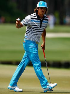 Rickie Fowler makes golf cool. puma have a great range of clothes on the market. well worth looking through their range. some quite bright and extravagant and some just plain and simple great gear. How To Play Tennis, Play Golf, Golf Cart Parts, Golf 6, Rickie Fowler, Golf Stance, Golf Pride Grips, Golf Simulators, Club Face