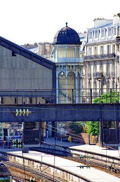 Gare Saint-Lazare, Esplanade de la Gare Saint Lazare, Paris VIII