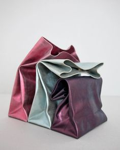 """{MUST HAVE} these metallic """"lunch"""" bags are my new clutch. designer: Annett Bourquin #fashion"""