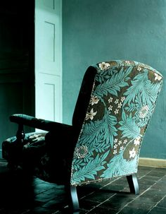 William Morris designs Craftology - Eco Breathable Paint | Earthborn http://earthbornpaints.co.uk/inspirations/craftology/