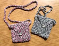 Choo-Choo Mini Bag in Crochet Seed Stitch - free crochet pattern