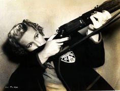 Binnie Barnes 1942