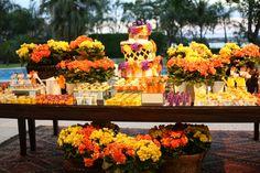 Blog Say I Do Decoração externa com laranja e amarelo