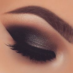 Dark glitter smokey eye