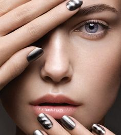 Magnetic Nails. Love when science and beauty collide.