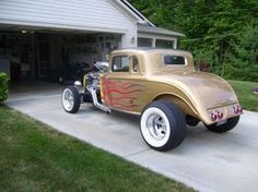 1934 Plymouth coupe