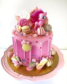 Birthday Cakes For Girls - Novelty Birthday Cakes My Little Pony Party, Bolo My Little Pony, Cumple My Little Pony, Pinkie Pie Party, Pinkie Pie Cake, Small Birthday Cakes, Novelty Birthday Cakes, Birthday Cake Girls, 5th Birthday