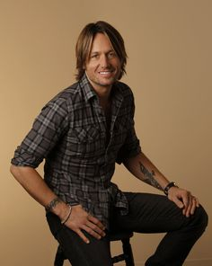 Keith Urban- I don't believe this is a real person.  He seems to be a COMPLETELY manufactured humanoid.