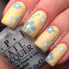 Yellow flowers nails