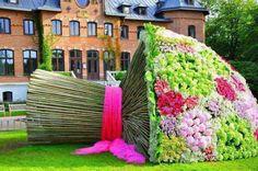 Mit dem Blumenstrauß brauchste keine anderen mehr.:-) Quelle: joyapreziosi.com