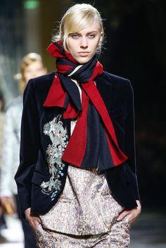 Dries Van Noten (Autumn - Winter 2013/2014, catwalk) - Paris Fashion Week (Catwalks & Presentations)