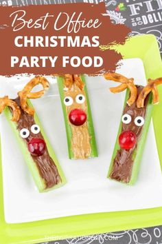 Save this adorable and delicious Rudolf Christmas Party food idea for your holiday parties in the office. The ingredients are easy to find and takes lesser time to prepare. You and your office mates will surely love this sweet treat! #christmas #party #rudolf #christmasparty #appetizers #christmasfood #christmastreat #easyfoodidea Christmas Party Finger Foods, Fun Christmas Party Ideas, Christmas Treats To Make, Christmas Recipes For Kids, Edible Christmas Gifts, Christmas Side Dishes, Office Christmas Party, Cute Christmas Gifts, Holiday Parties